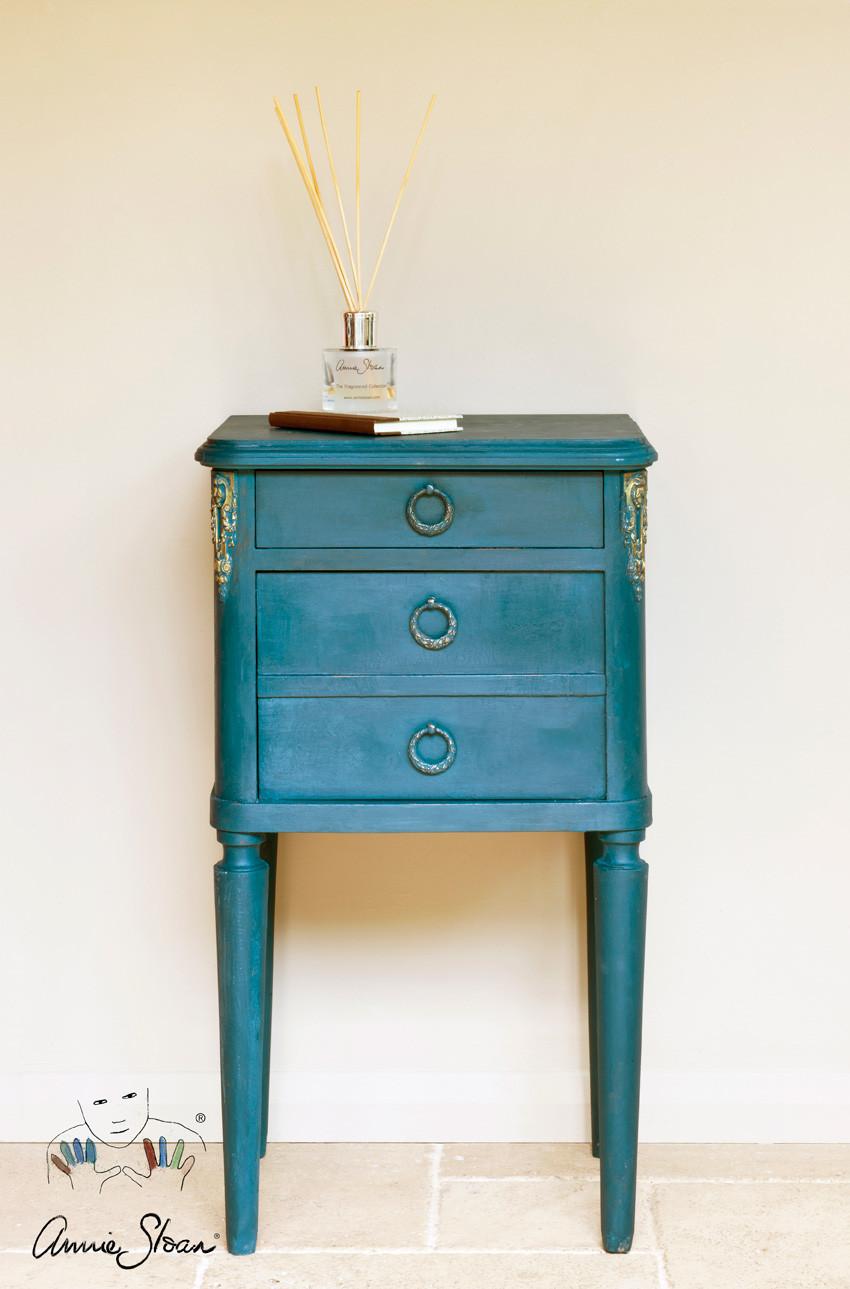 Cochet-Home-Decor-Annie-Sloan-Aubusson-Blue-2