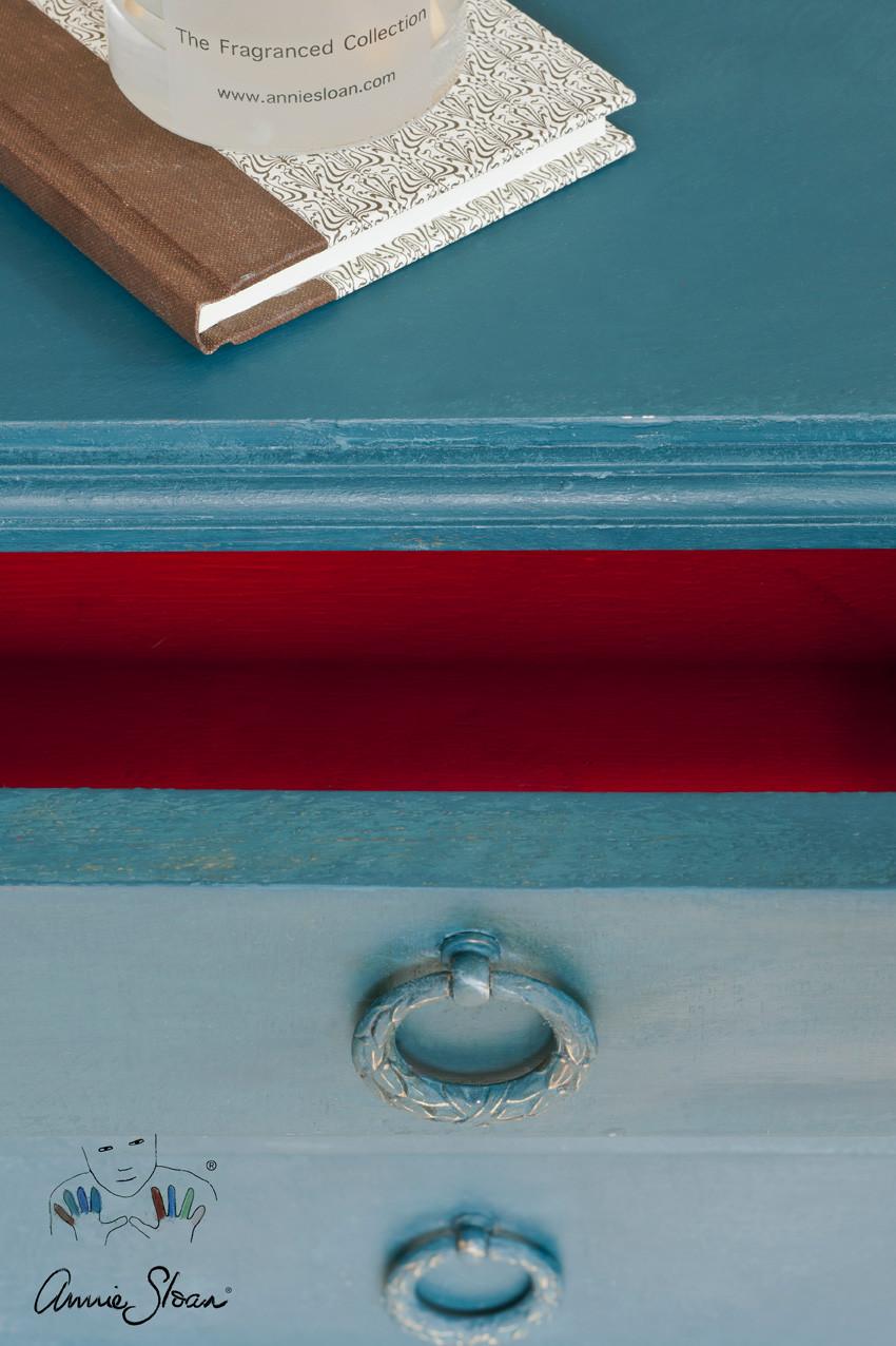 Cochet-Home-Decor-Annie-Sloan-Aubusson-Blue-3