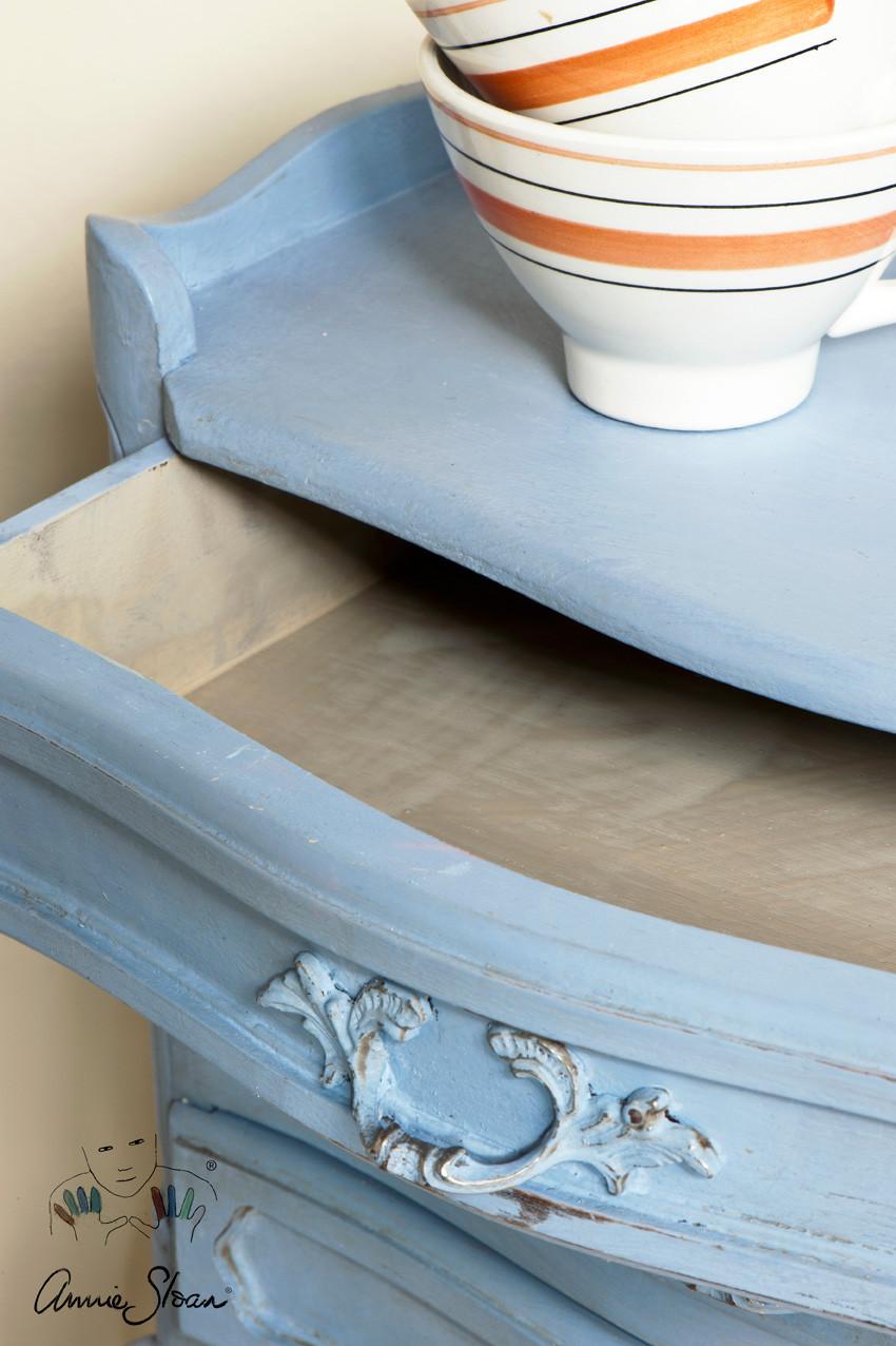 Cochet-Home-Decor-Annie-Sloan-Louis-Blue-3